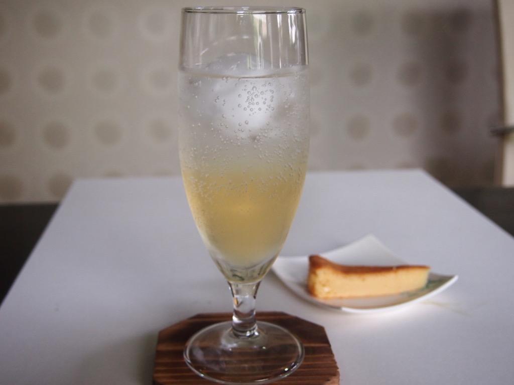 ノンアル梅酒ソーダ