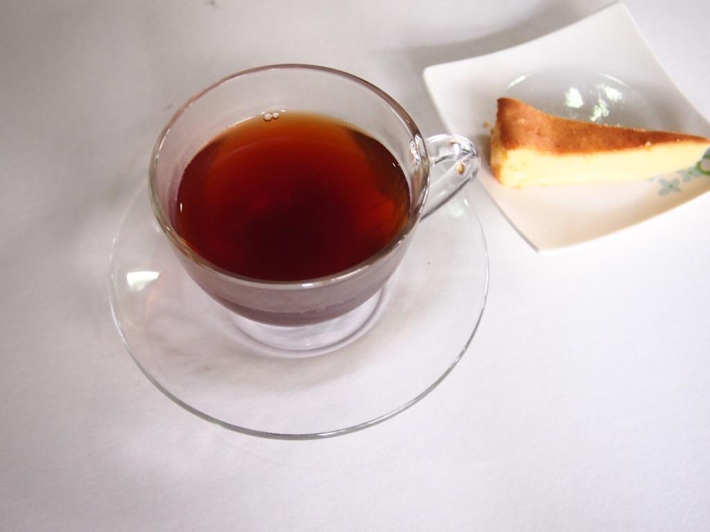 紅茶(ローズヒップ)