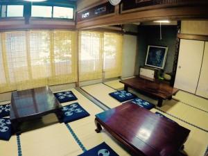 4名から最大30名まで可能な座敷